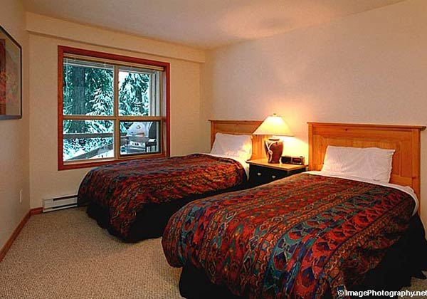Aspens on Blackcomb 125 Twin Room