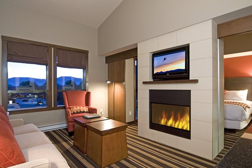 Evolution - Whistler Creekside Ski In Ski Out - 1 Bedroom