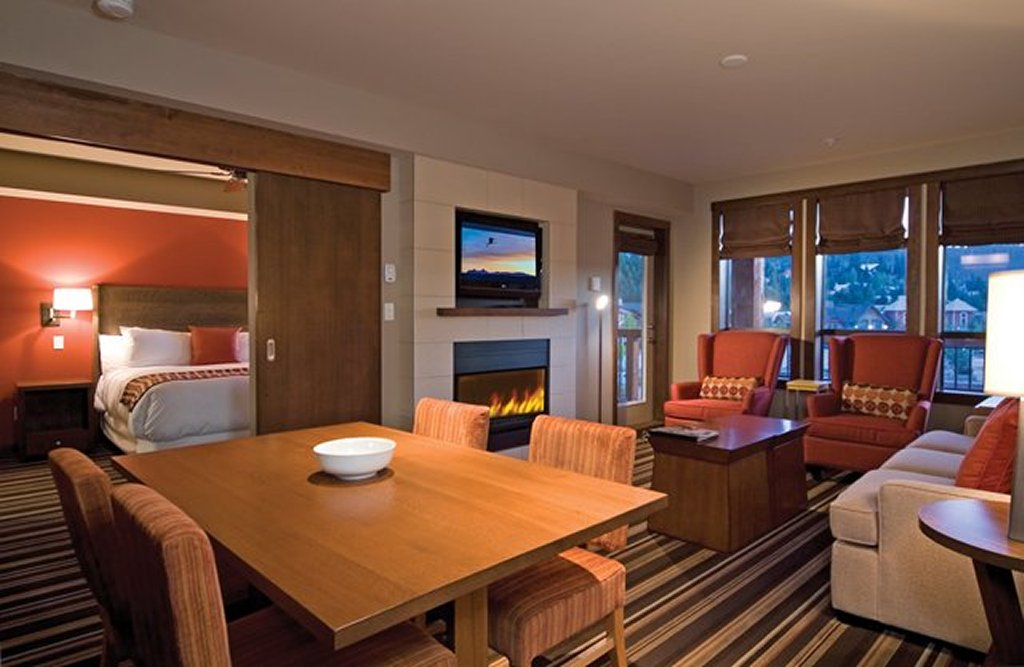 Evolution - Whistler Creekside Ski In Ski Out - 2 Bedroom