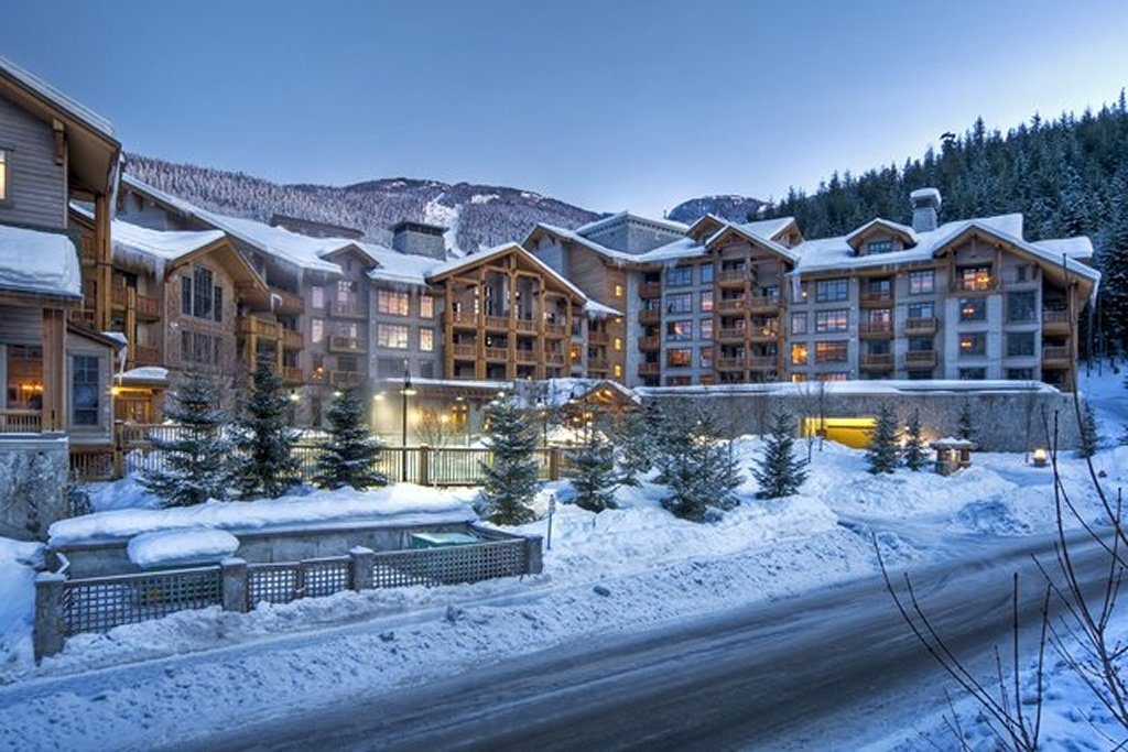 Whistler Luxury Ski In Ski Out Hotel - First Tracks Exterior
