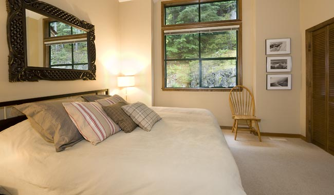Whistler Luxury Accommodation Northern Lights 27 Bedroom
