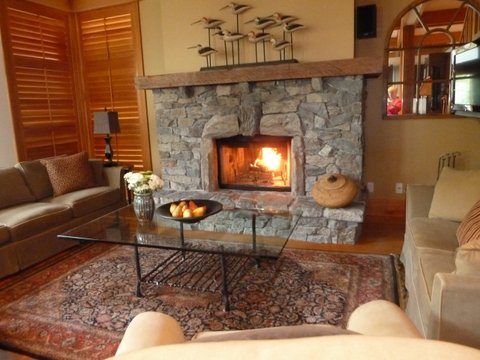 Whistler Ski In Ski Out Rental Home - Living Room