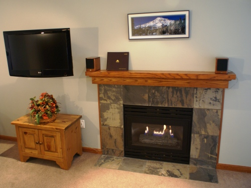 Stoney Creek Northstar 19 - Fireplace