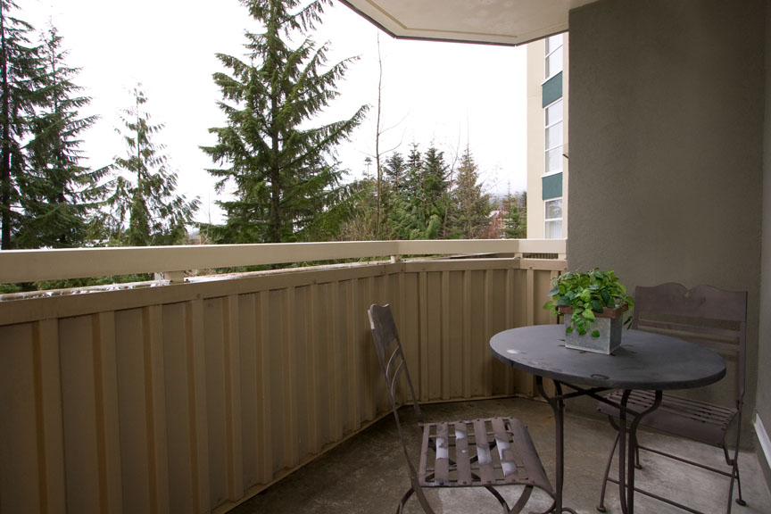 Whistler Woodrun Lodge 203 Deck